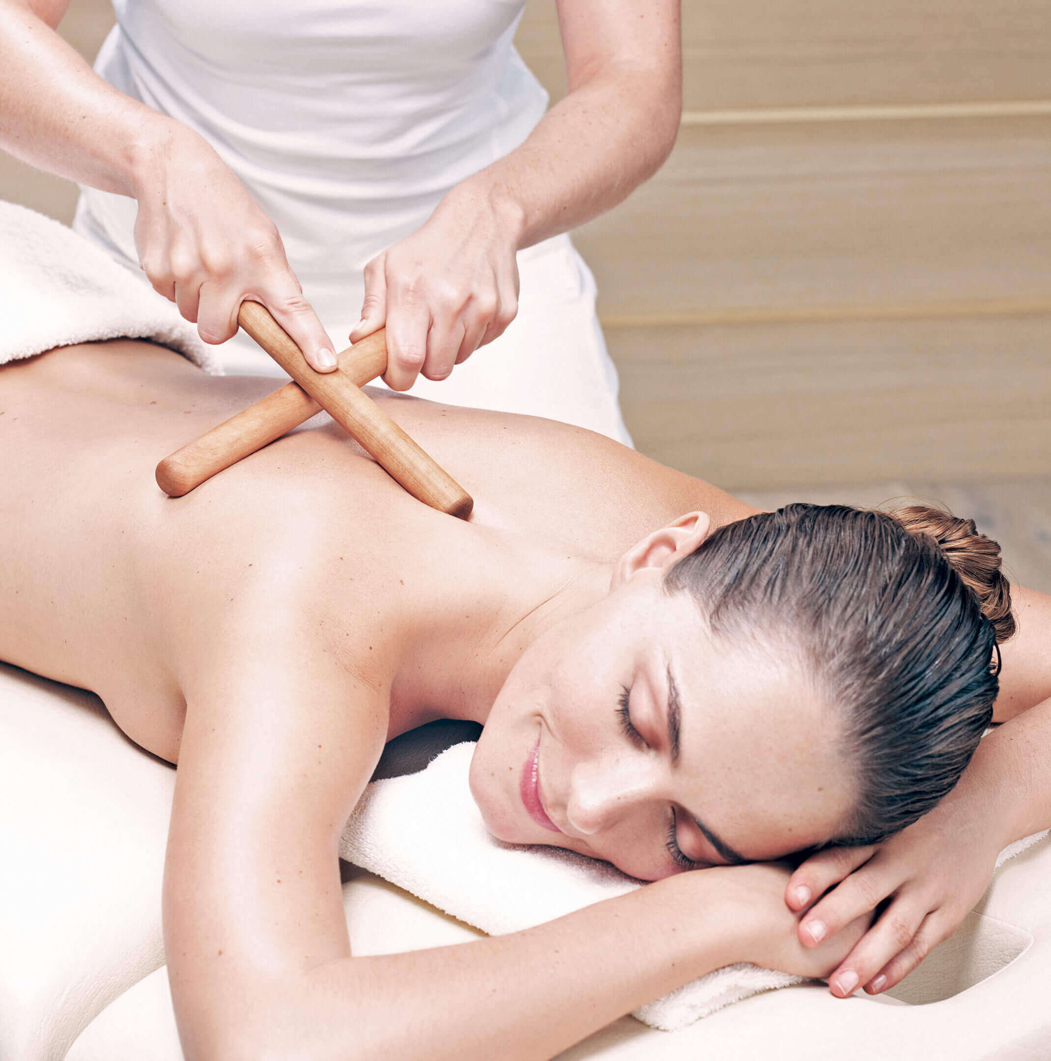"AALERNHÜS hotel & spa – Anti-Age-Massage ""SOMALANCE"""